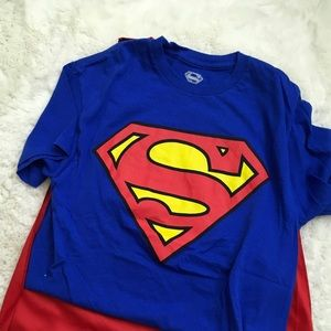 SUPERMAN T-SHIRT WITH DETACHABLE CAPE